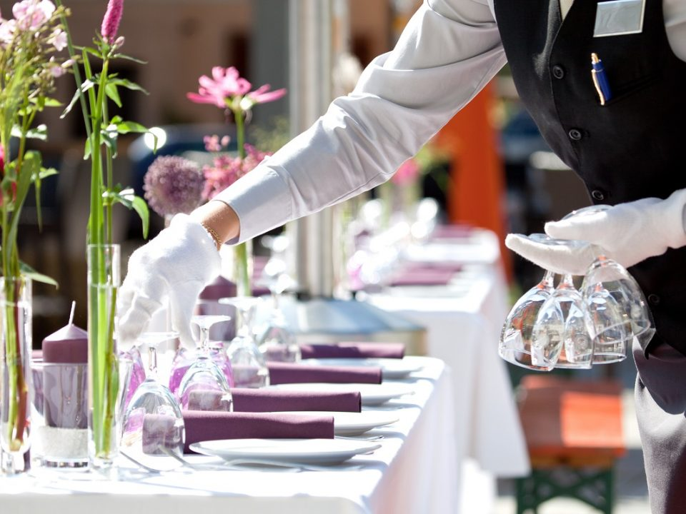 10 Crucial ERP Benefits for Hospitality Industry - CocoonIT Services